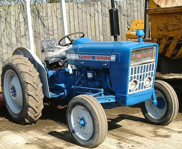 Industrial Ford 2000 Tractor : Ford  tractor repair